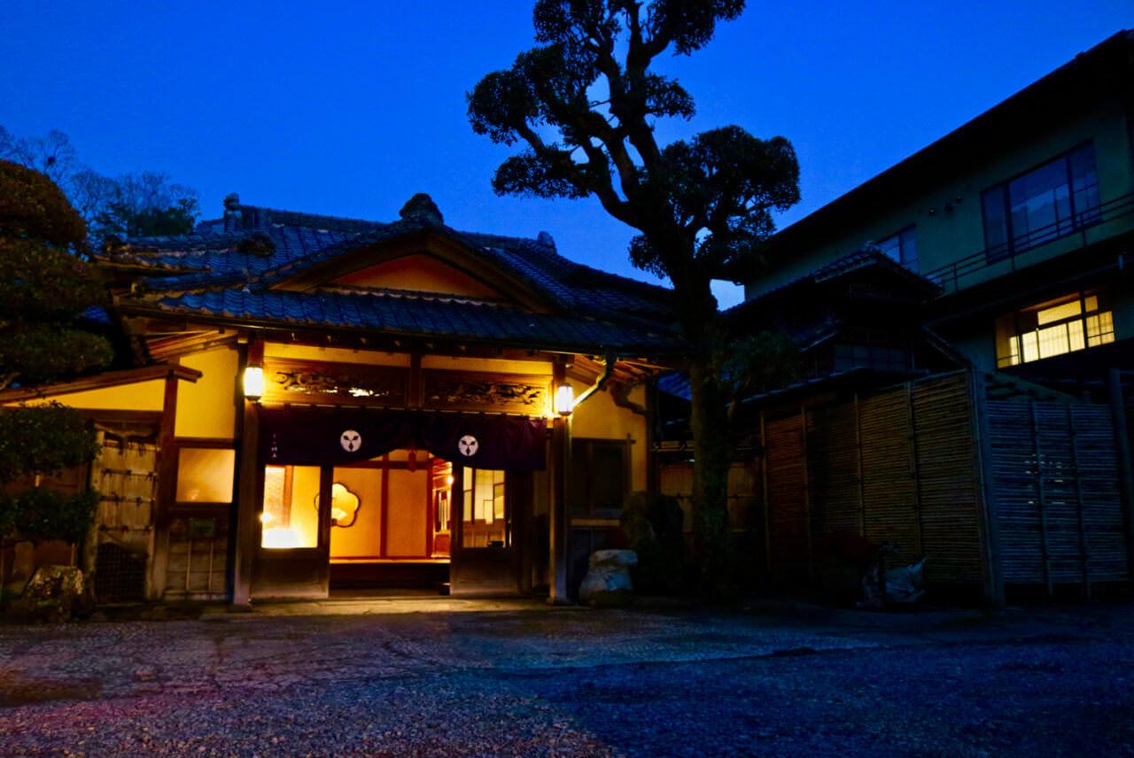 国の指定登録有形文化財の宿「落合楼村上」
