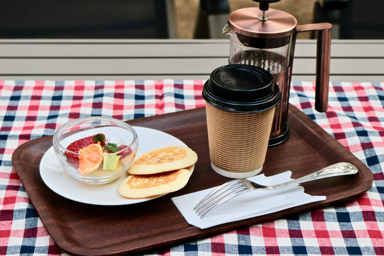 Pancake set at the MadoroMi cafe