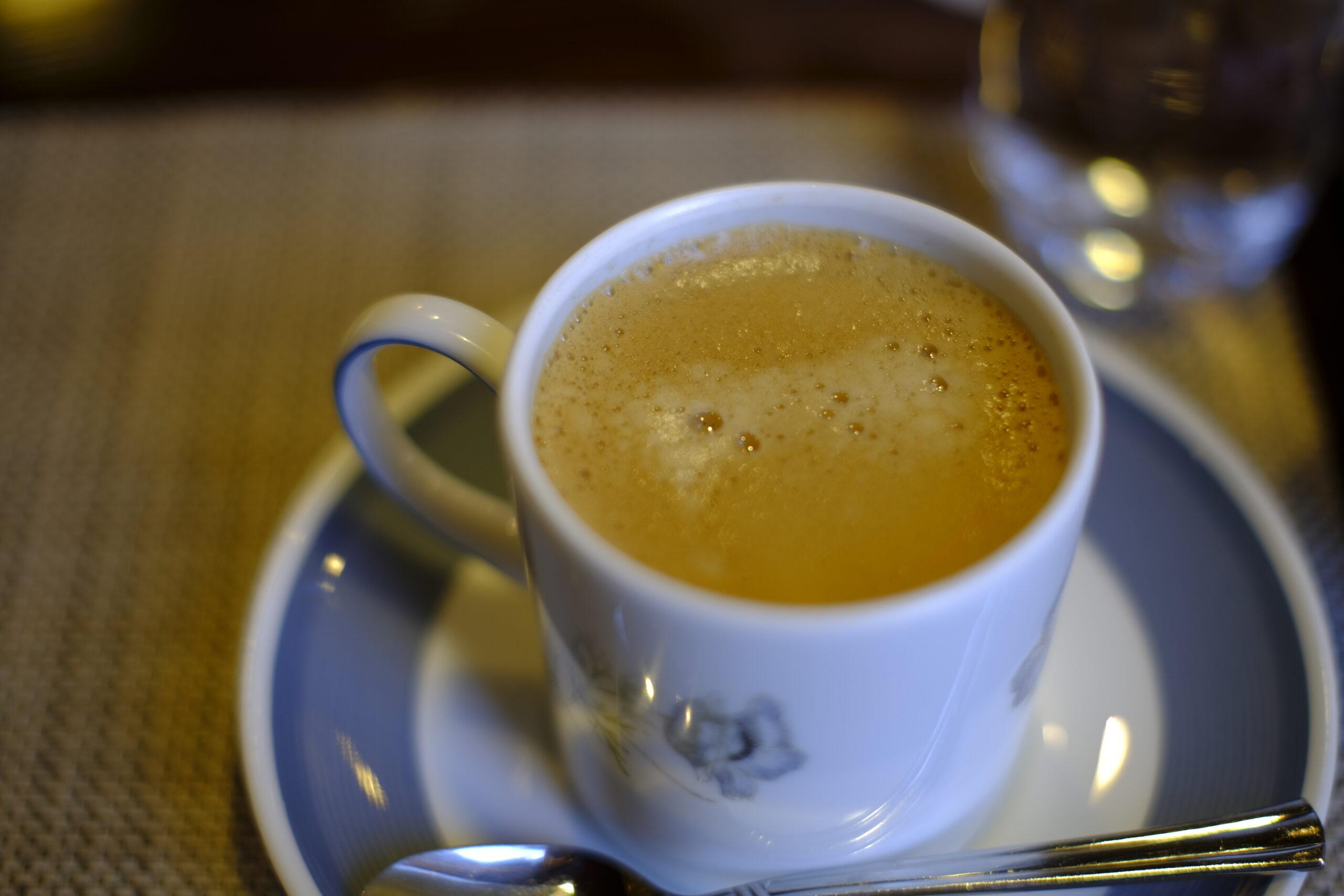 レ・ザンジュのコーヒーの写真