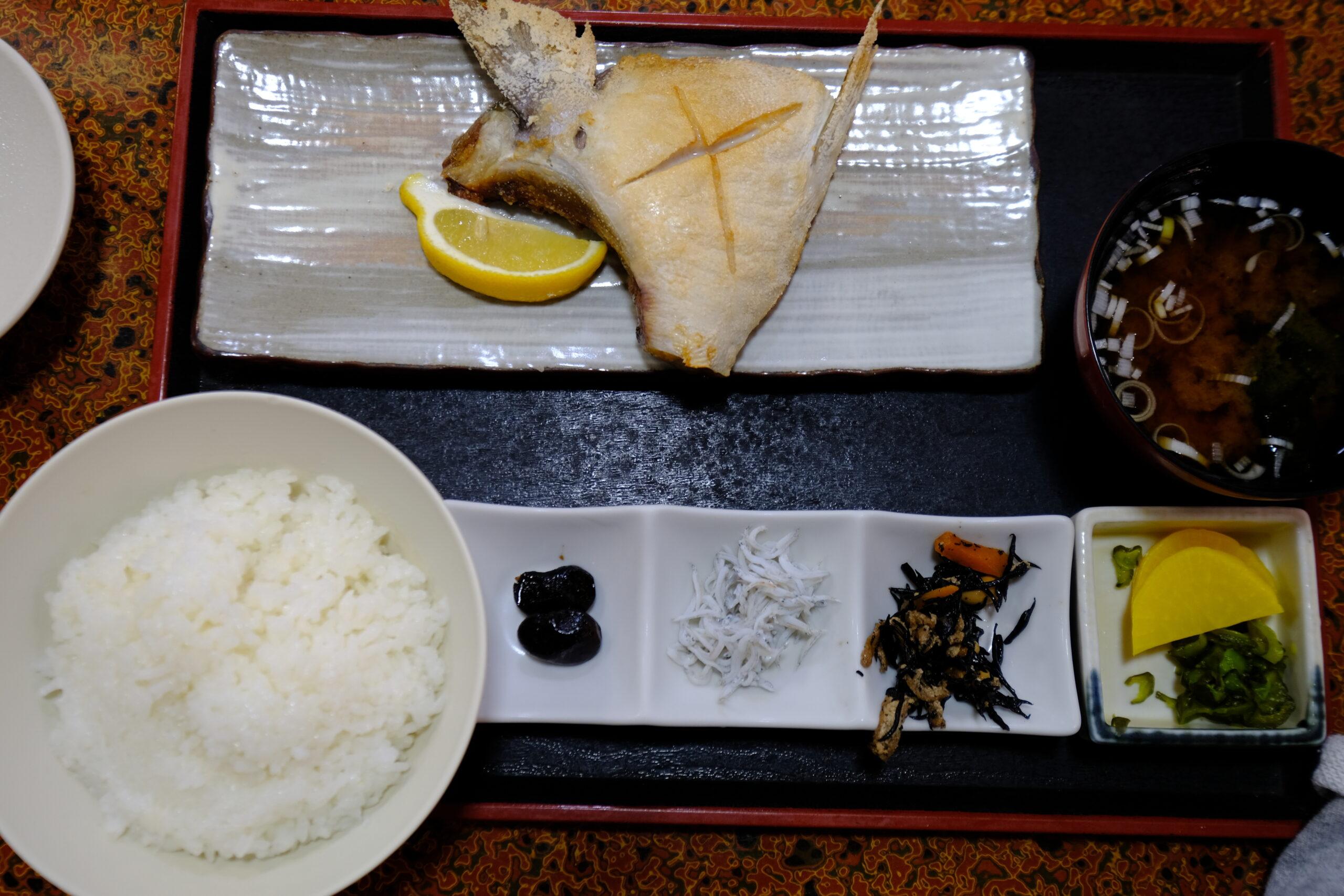 ブリカマ焼き定食(税込1320円)