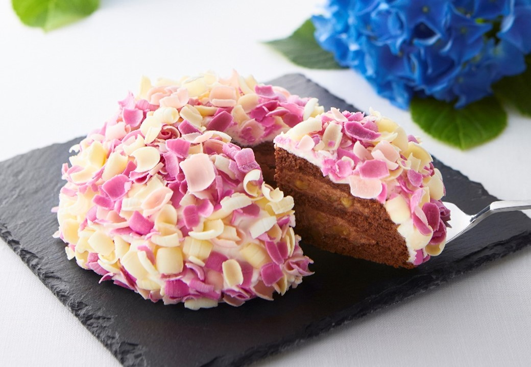 鎌倉ニュージャーマンがあじさいモチーフのケーキ「てまり花」を新発売