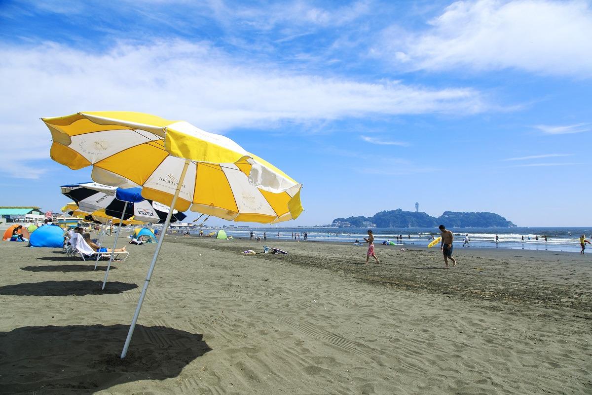 片瀬東浜、片瀬西浜・鵠沼海水浴場が、海の家の営業時間を繰り上げることを決定