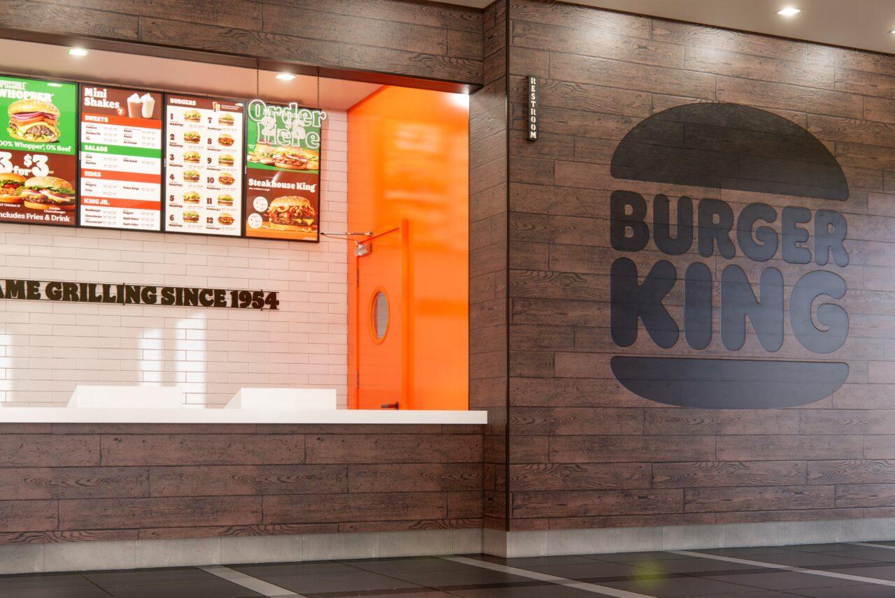 藤沢市内3店舗目となる「バーガーキング」がLuz湘南辻堂にグランドオープン